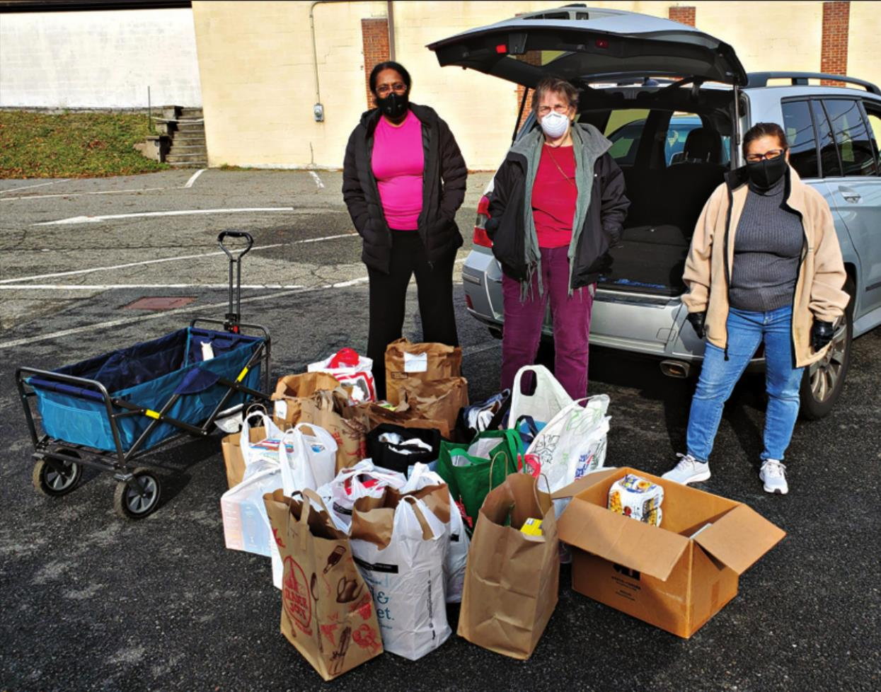 Federated Church Drive Nets 350 Pounds of Food