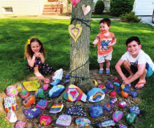 "Friedman Family Creates ""Tree of Hope"""